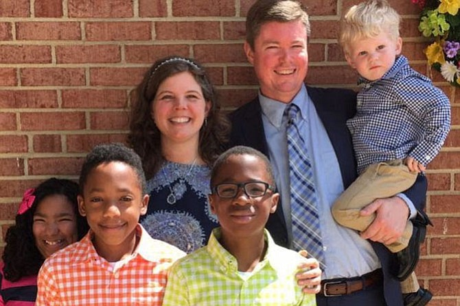 Chris Davis is the senior pastor of Groveton Baptist Church in Alexandria. Chris and Rachael have four children by adoption and by birth. They live in the Kirkside neighborhood.