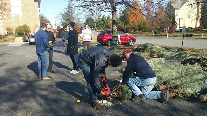 Volunteers from Share, the McLean Rotary Club and 10 missionaries from the Church of Jesus Christ of Latter-Day Saints helped with the tree and wreath pick up last year.