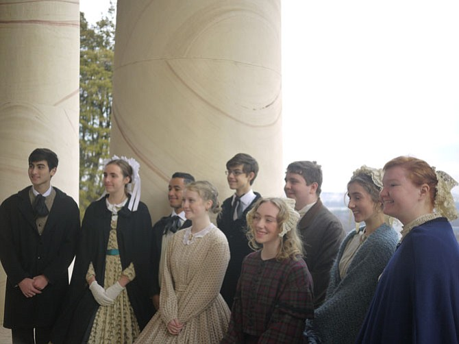 Yorktown Singers performed at the Arlington House.
