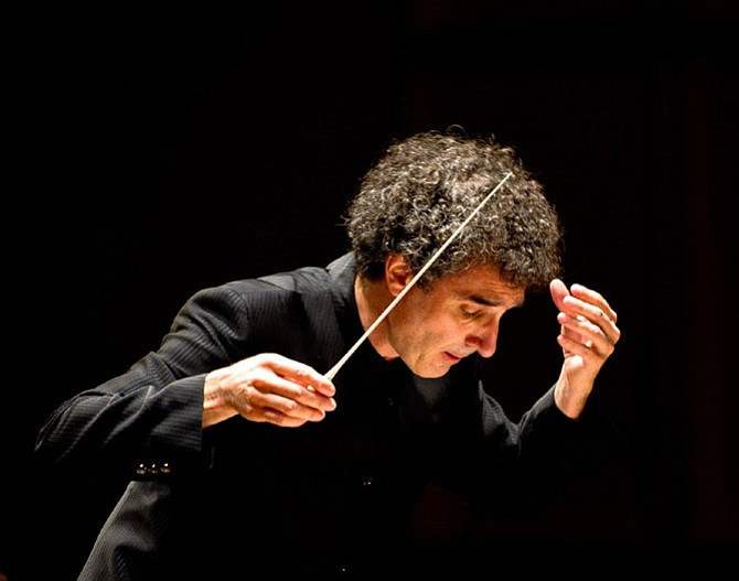 Conductor José-Luis Novo.