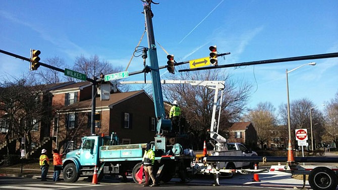 The South Columbus Street sign comes down Jan. 31 for the new traffic lights replacement.