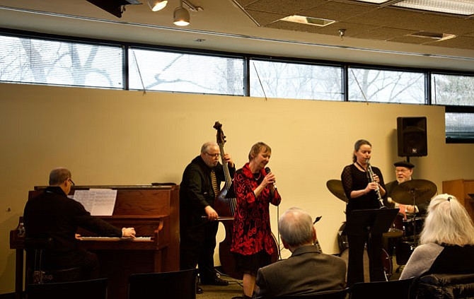 The Potomac Library hosted a jazz concert on Friday, Feb. 23. The musicians were: Christiana Drapkin, singing; Halley Shoenberg on the saxophone and clarinet; Wayne Wilentz, on piano; Bob Shann, on bass; and Phil Cunneff, on drums. The quintet celebrated musical aspects of love and romance, foolishness and thrills, and lust and longing. It was a free concert thanks to the Friends of the Library.