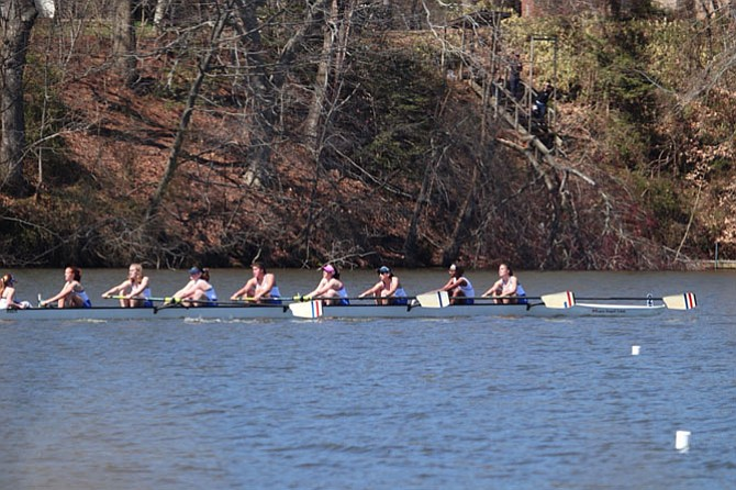 TC Women's Frosh 8A Boat.