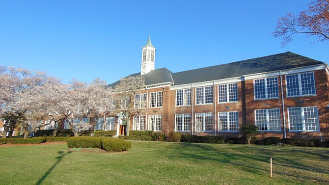 The Old Mount Vernon High School was built in 1939.