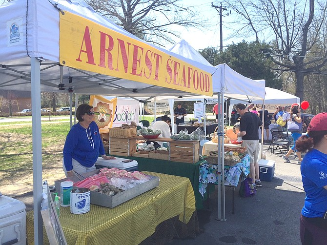 Karen of Arnest Seafood brings fresh-caught, unfrozen fish and seafood to the market every Saturday, including oysters, shrimp, scallops, rockfish, and more.