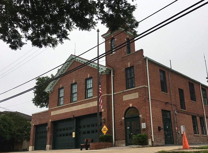 Neighbors in Del Ray voice concern over medic unit removed from Firehouse 202.