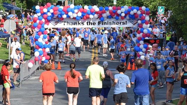 The finish line at the 2017 Autism Speaks 5K.