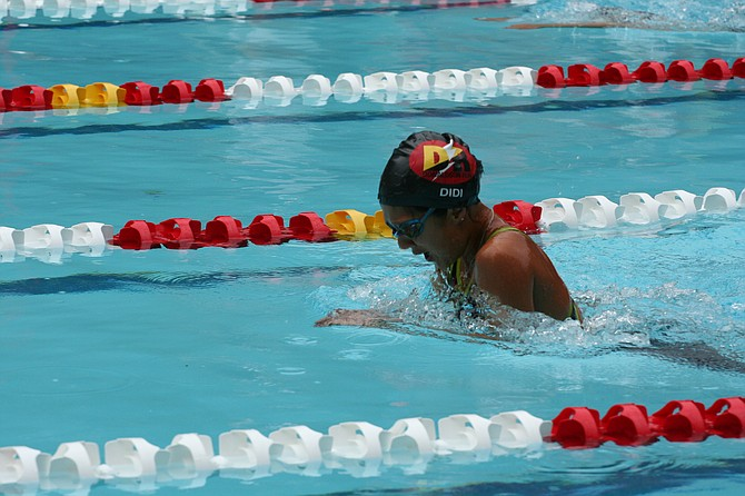 Diya Redburn (girls' 9-10 50 breaststroke).