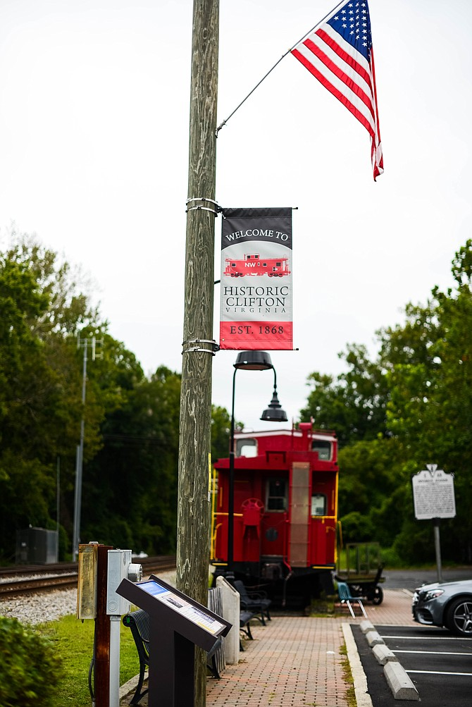 Sitting outside the train tracks in the Town of Clifton stands the very popular red caboose. The Town of Clifton dedicated the Caboose Plaza to Mayor James C. Chesley, who was mayor from 1992 to 2006.