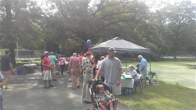 Citizens enjoy the celebration at Mount Vernon Park Association on Oct. 7.