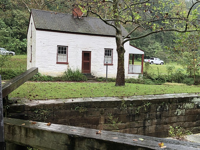 Lockhouse 6  and the canal.