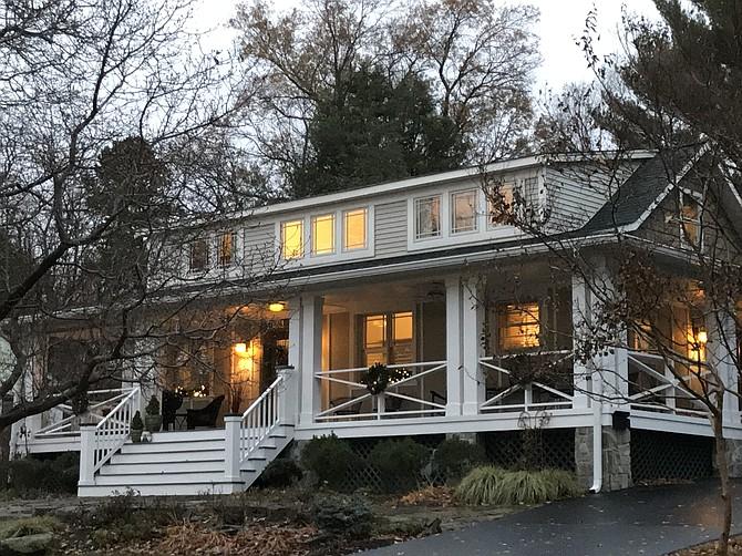Herndon Home Tour – 1014 Van Buren Street.