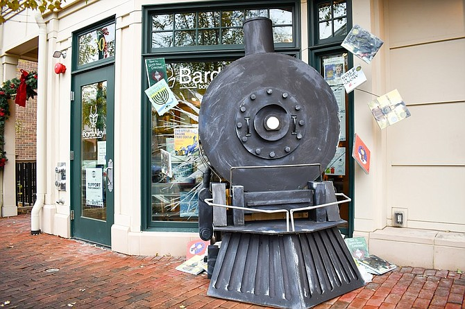 Bards Alley entered Vienna storefront decoration contest by bringing the Polar Express to life.