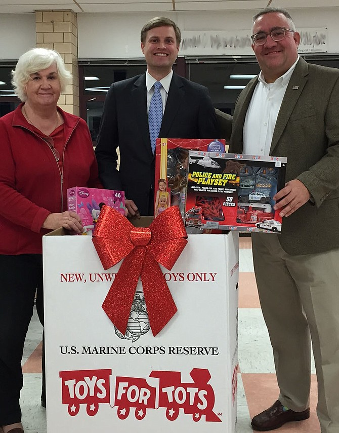 Eileen Brackens (CRWC President), Andrew Lund (AAYR