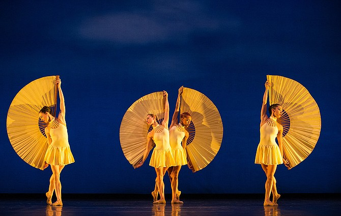 "MOMIX's ""Fans"" to be performed at Center for the Arts on Jan. 25, 2019."
