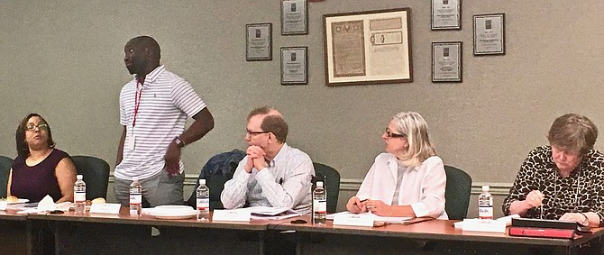 Kevin Harris, president of the ARHA Resident Association and recently appointed ARHA commissioner, addresses the ARHA board on Monday, April 22.