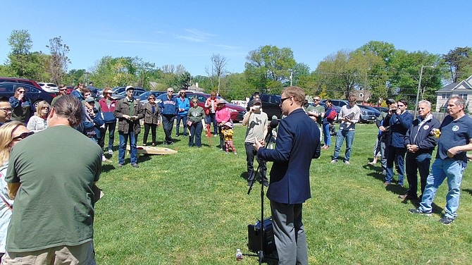 Supervisor Jeff McKay, who is a candidate for the Board of Supervisor Chairman, addresses the rally to Save Blake Lane Park in Oakton on Saturday.