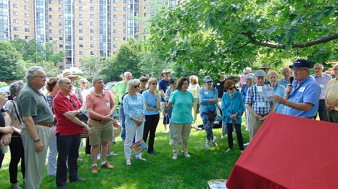 Historian Jay Roberts speaks on the history of the Mount Eagle Mansion.