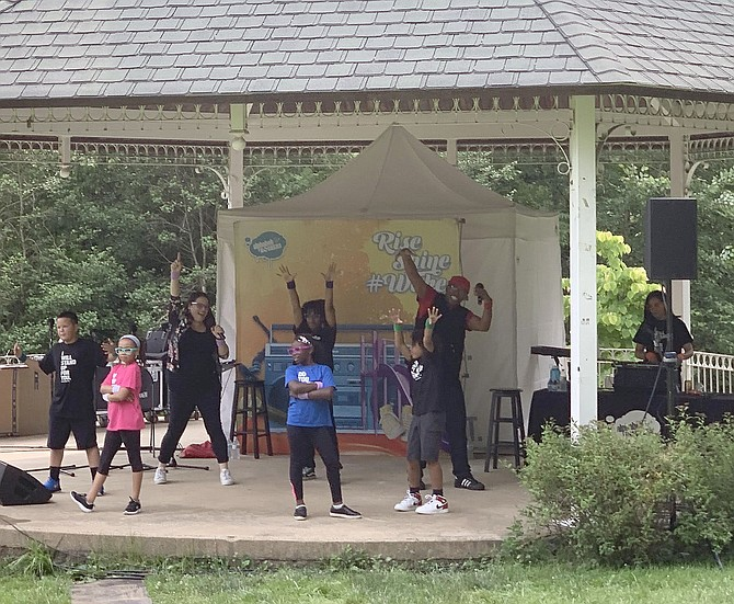 The GRAMMY nominated Alphabet Rockers kick off the 2019 Summer Sunday Concerts in the Park with a well-attended performance in McLean Central Park.