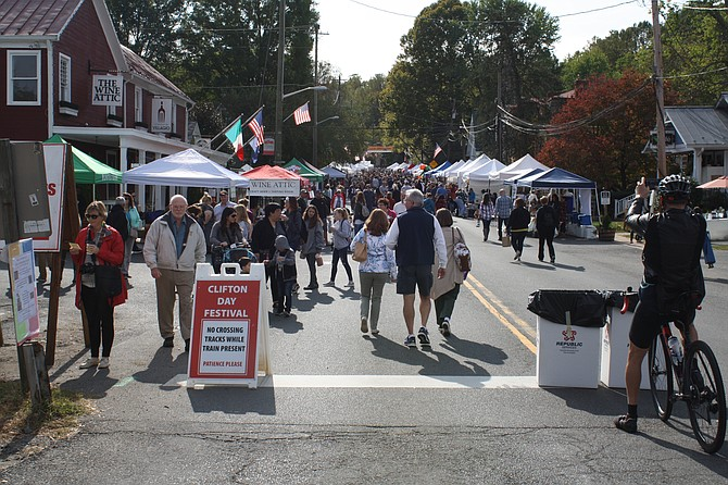 Main Street was packed on Clifton Day.