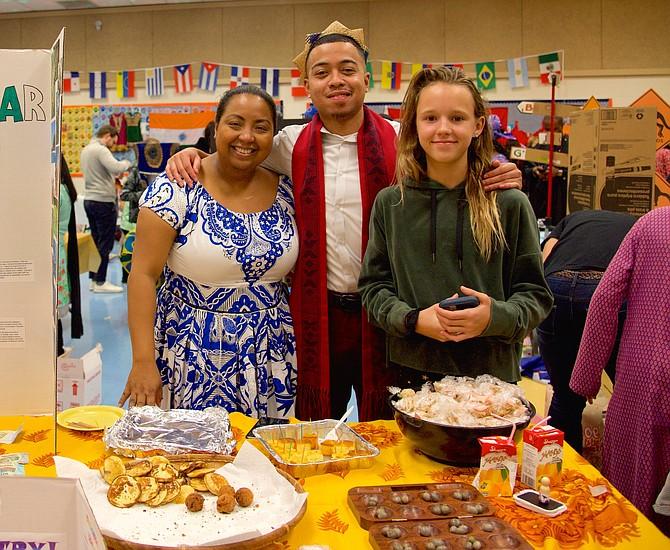 Farrah Malala, Vina Ranaivoarijaona and Raegan Lentz representing Madagascar.
