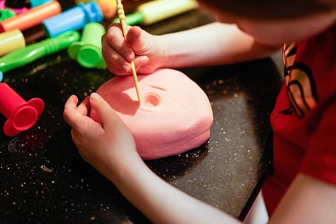 Make play dough and play restaurant.