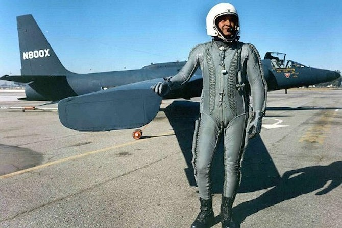 Francis Gary Powers beside a U-2 spy plane. Powers was shot down over the Soviet Union on May 1, 1960 and held captive for two years before his release.