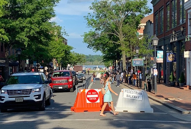 The eastbound lane in the 100 block of King Street was closed to vehicular traffic in an effort to allow pedestrians more room to practice social distancing during the Memorial Day weekend.