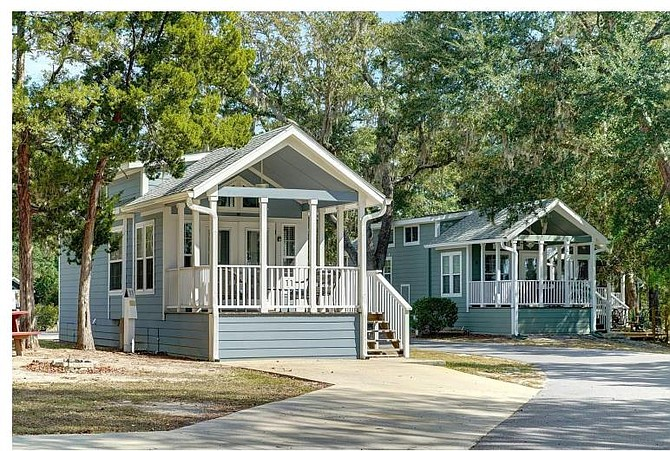 Options for the mobile home communities in Mount Vernon include upgrading with renovated mobile homes like these.