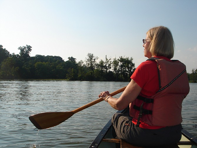 Mount Vernonite Elizabeth Ketz-Robinson loves to canoe on the river.