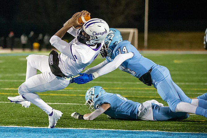 Chantilly running back #7 scores the game-winning touchdown in a 14-7 win over Centreville.