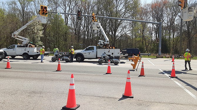 At Telegraph Road and Newington Road, VDOT is updating the traffic lights.