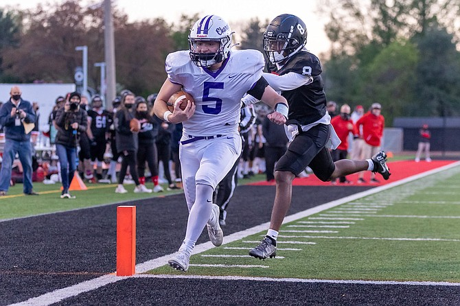 Chantilly QB Jack Griese #5 puts the Chargers on the board with his 2nd quarter touchdown run.