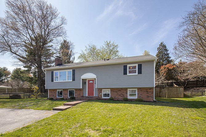 There were several offers and a bidding war before this house sold in Hayfield Farm.